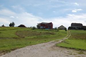 Huset set fra enden af grunden